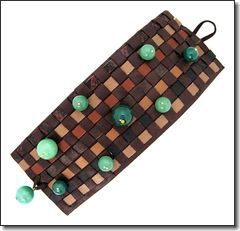 Beautiful bracelet in fine leather and jade   agate beads