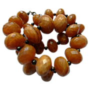 Vintage Creamy Butterscotch Faceted Bead Necklace