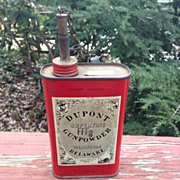 Vintage Tin Dupont Gunpowder in original vintage condition. Stamped FFFg. Paper Dupont label .