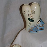 Vintage USA Heart Shaped Wall Pockets