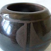 Sm. Santo Domingo Pueblo Indian Burnished Black Pottery Pot Signed MA & CA