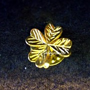 Small Gold Tone Lucky Charm Four Leaf Clover Pin