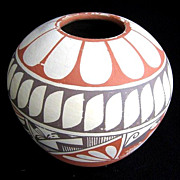 Vintage Jemez Pueblo Native American Indian Pot by M. Tafoya