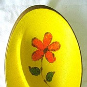 1960s - 1970s Modern Retro Oval Ashtray Orange Daisy on Yellow