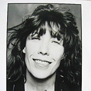 "Autographed 8 x 10"" Photo of Comedienne Lily Tomlin COA"