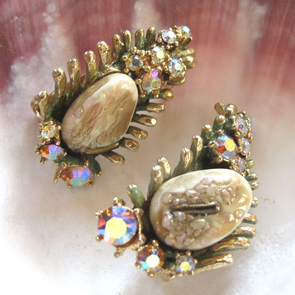 Vintage Har Dragon's Teeth Clip Earrings