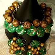 1950's Green & Gold Chunky Charm Bracelet & Earrings Set