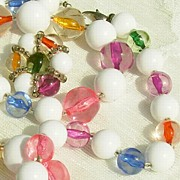 SALE 60-70's FABULOUS Cats Eye Pastel & White Lucite Bead Necklace & Earring Set