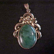 Early 14K Yellow Gold & Jadeite Cabochon Pendant