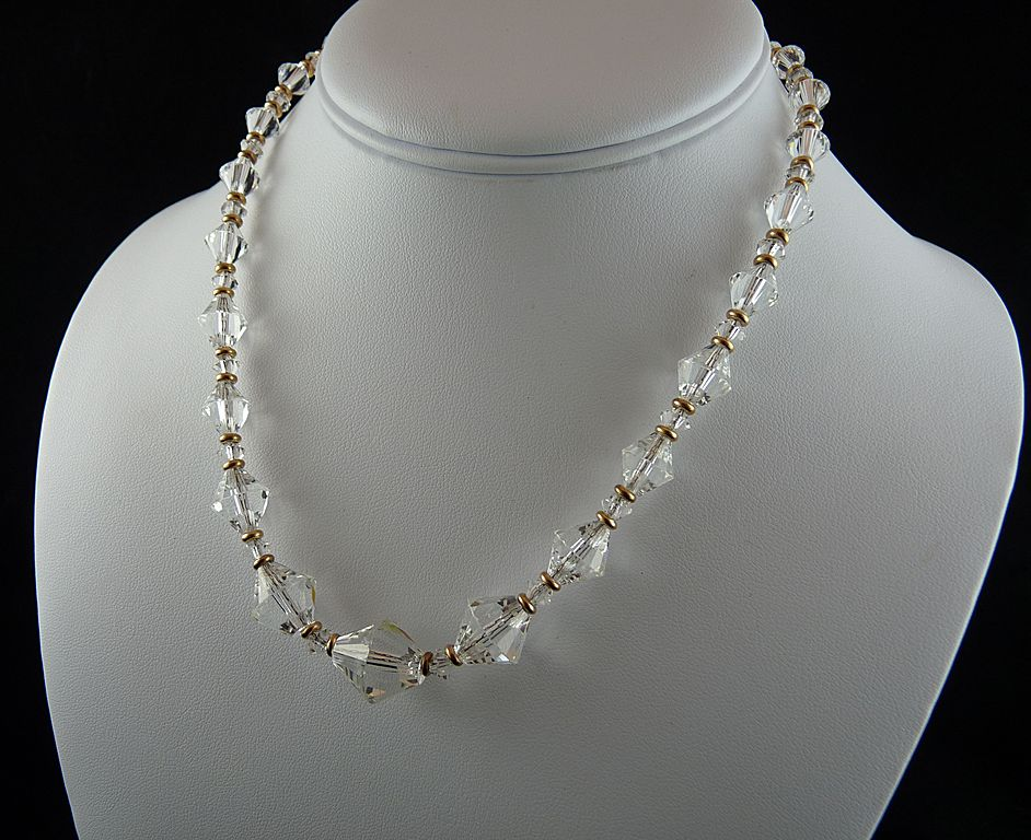exceptional vintage graduated faceted glass bead necklace