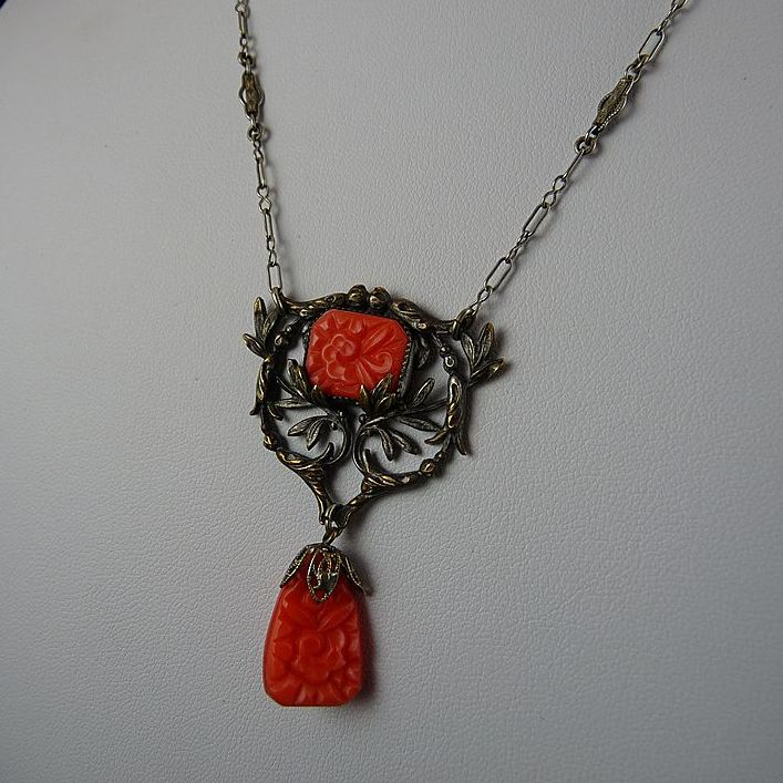 Art Deco Faux Coral Filigree Pendant Necklace