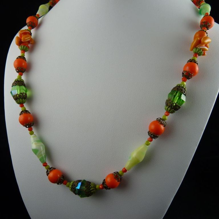 fabulous deco glass bead necklace orange and