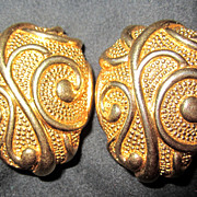 Vintage Jose Barrera for Avon Venetian Mist Earrings Goldtone