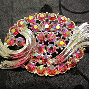 GORGEOUS Vintage Ruby Red AB Rhinestone Swirl Pin Brooch