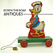 Fisher Price Donald Duck Majorette Pull-toy