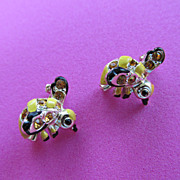 Vintage Bee or Wasp Scatter Pins Brooches Adorable