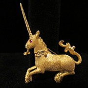 Signed 18K Yellow Gold Unicorn 13.60 grams Vintage Brooch Pin With Ruby
