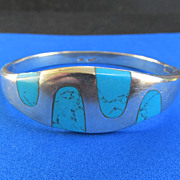 Vintage 43.87 Grams Smooth Sterling Turquoise Hinged Bangle Cuff Bracelet