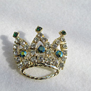 Vintage Sparkling Rhinestone Crown Brooch Pin