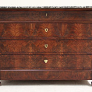 Sturdy Antique Flame Mahogany Chest of Drawers with Black and White Marble Top