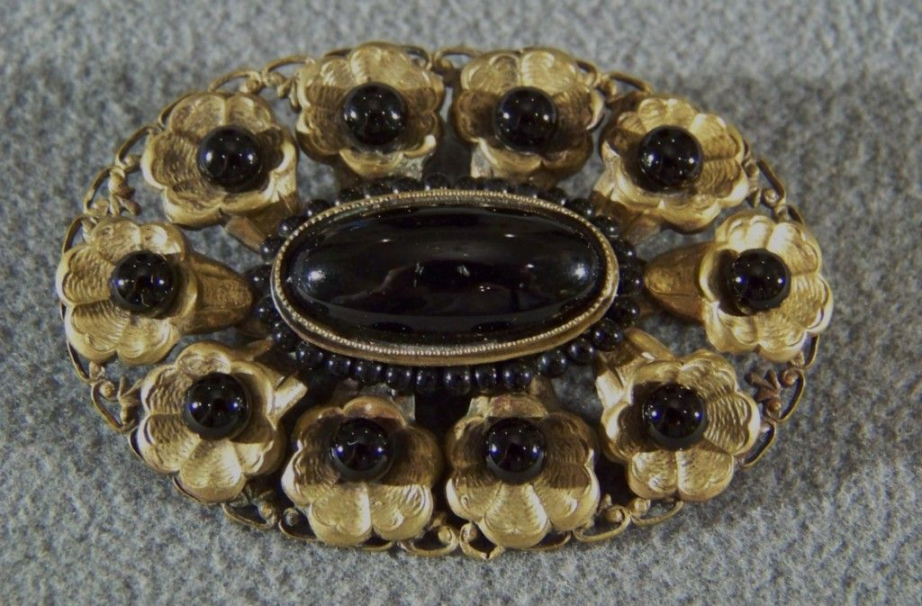 Vintage Yellow Gold Tone filigree black onyx stone fancy bold pin brooch