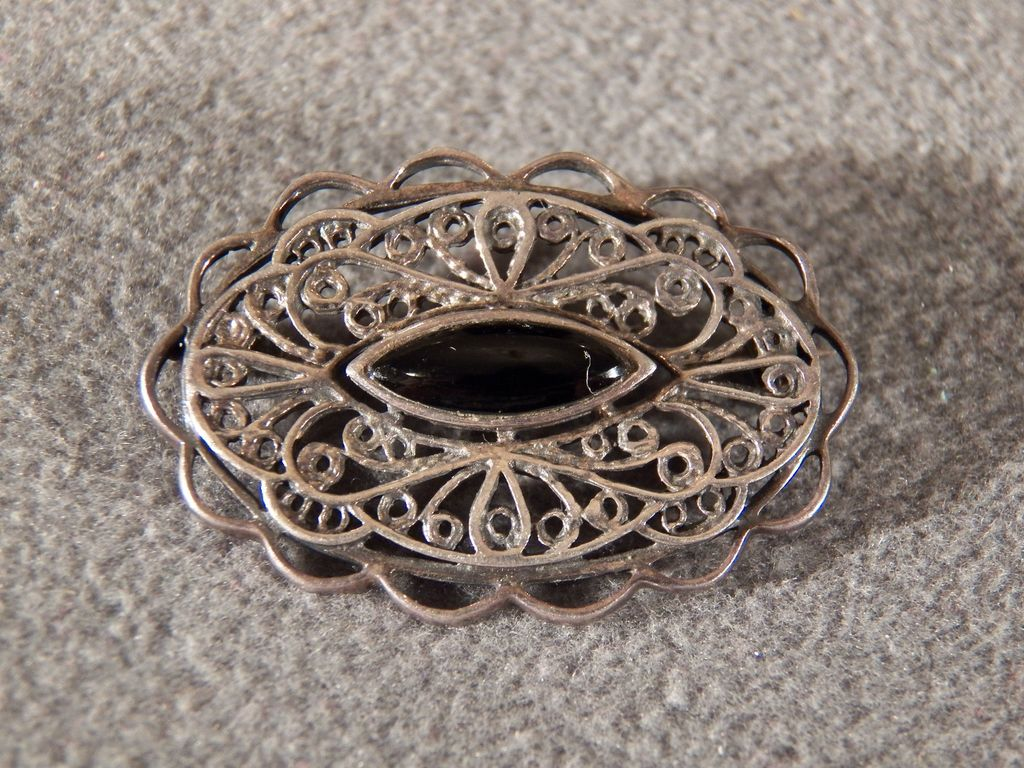 Vintage Sterling Silver Marquise Black Onyx Fancy Filigree  Pin Brooch