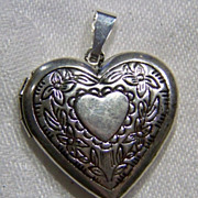 SALE Vintage Silver Tone Fancy Etched Puffed Heart Locket Pendant  Charm