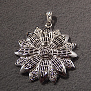 SALE Vintage Sterling Silver Brilliant Floral Pendant, So Fascinating!~~