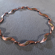 SALE Vintage Copper & Brass Distinctive Swirl Link Necklace, Such a Modern Look!~~