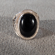 SALE Vintage Sterling Silver Large Oval  Black Onyx Wide Fancy Scrolled Filigree  Band Ring, S