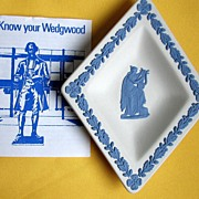 Wedgwood Bridge Diamond Greek Pin Blue NIB