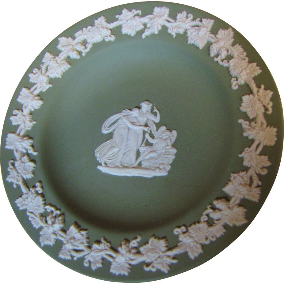 Lovely Green Jasper Wedgwood Pin or Trinket Tray, Nymphs!