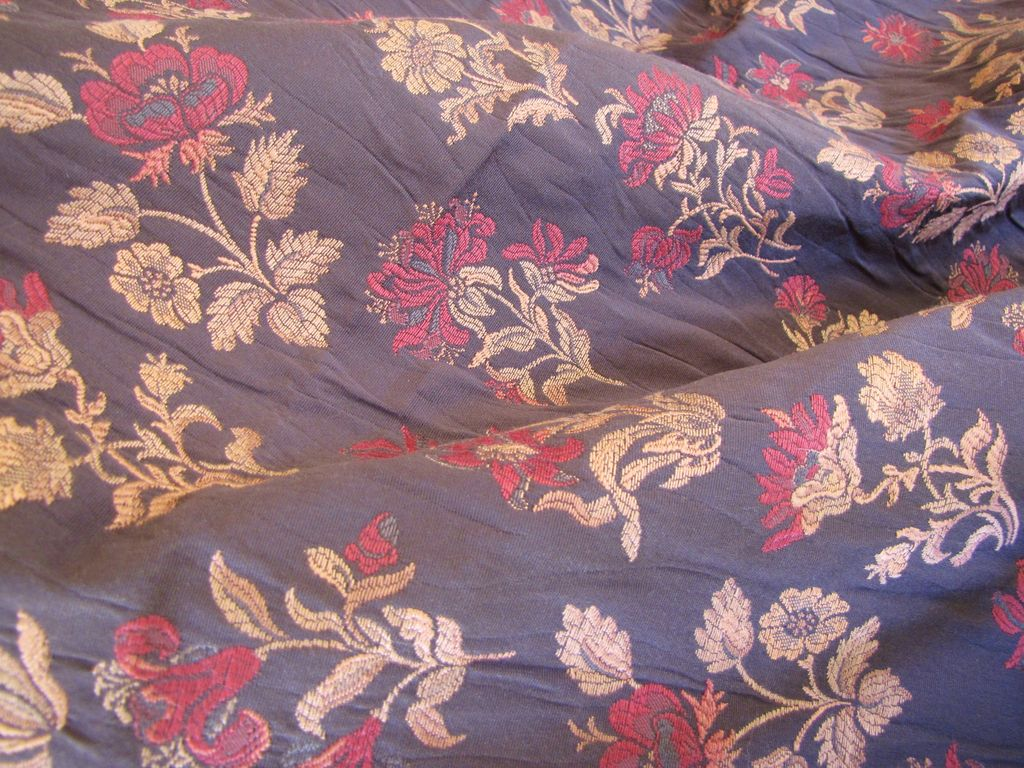 "Highest Quality Bolt End of Richly Woven Brocade 67"" x  54"""