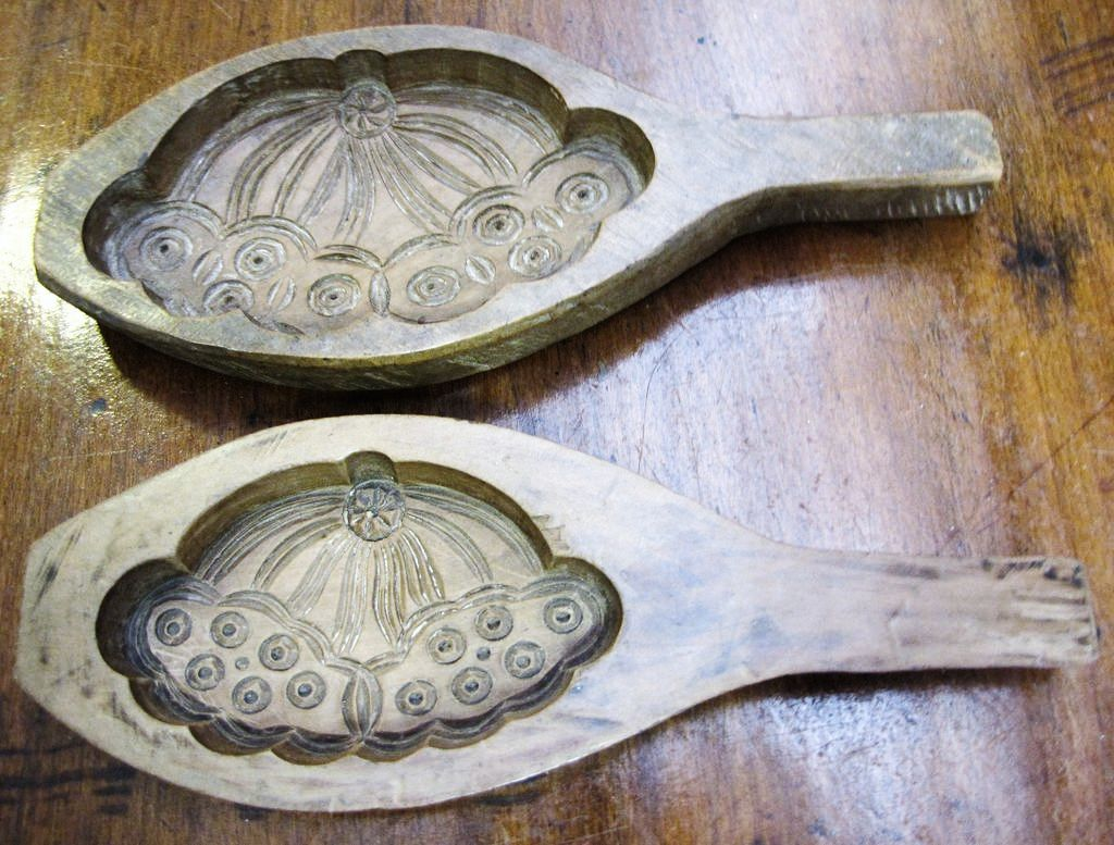 Super Pair of Hand Carved Hardwood Antique Molds