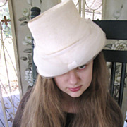 Super Cream Fine Straw and Chiffon 1950's Elegant Hat