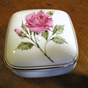 Pretty Avon Rose Porcelain Vintage Music Box