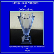 SOLD Beautiful Bagley Glass Vase. WYNDHAM  pattern, by Hardie Williamson. England. Circa 1933.