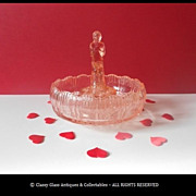 Art Deco Depression Glass Center Piece & Plinth by Sowerby England