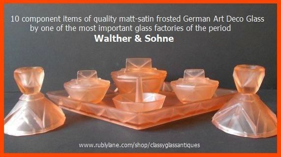 Walther 10 Component Piece 'Waldorf' Pattern German Art Deco Pink Glass Vanity Set / Trinket Set.