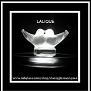 �Deux Colombes� Ashtray Designed by Rene Lalique.