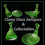 Phenomenal 1930s German Art Deco uranium glass 'Muschel' pattern center piece display by Walth