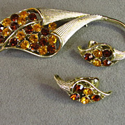 Vintage Coro Gold and Brown Rhinestone Cornucopia Brooch and Earrings set