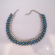 Vintage Wonderful Rhinestone Blue Necklace