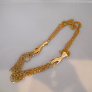 Vintage Fun Great Looking Gold Tone Hand Chain Necklace