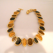 Vintage Great Looking Anne Klein Gold Tone Necklace