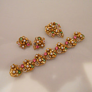 Vintage Beautiful ART Flower Rhinestones Faux Pearl Set