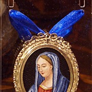 18kt gold pendant with micromosaic of the Blessed Virgin