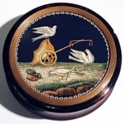 Snuff box with micromosaic of doves with a chariot