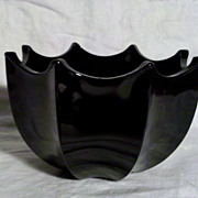 Black Amethyst Elegant Glass Bowl in Excellent Condition