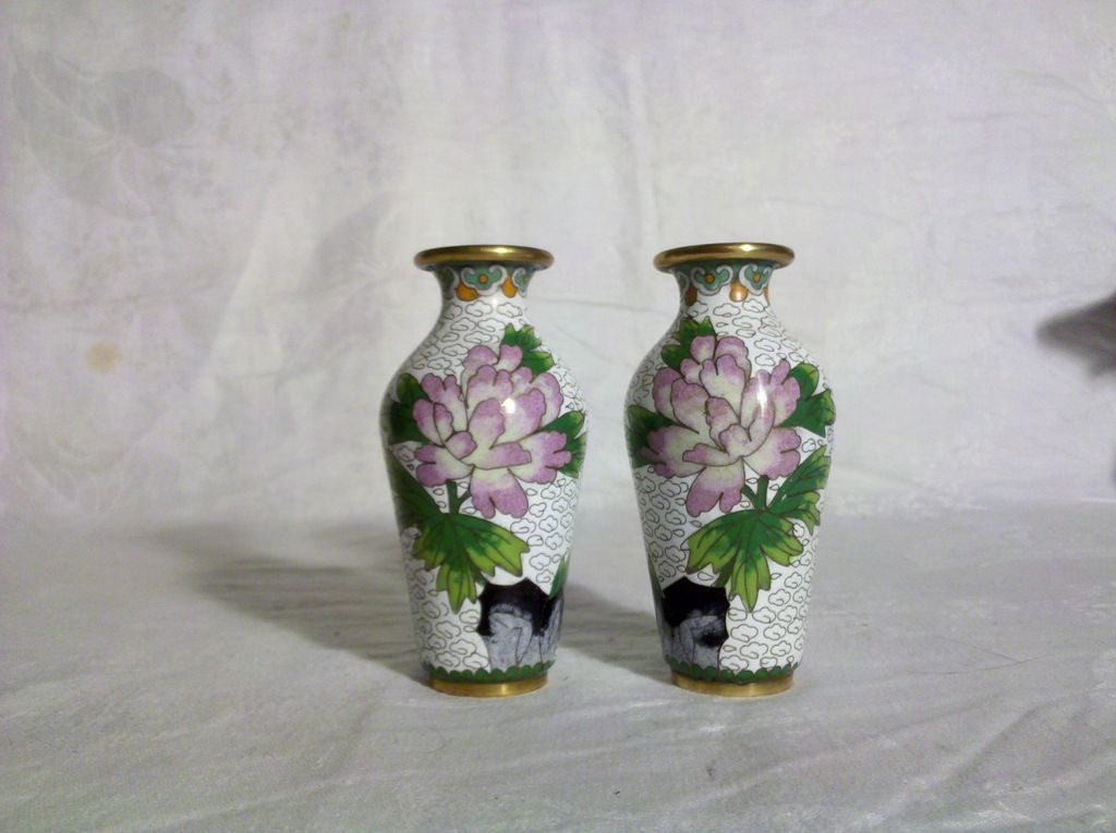 Pair of Cloisonne 4&quot; Vases White with Peony